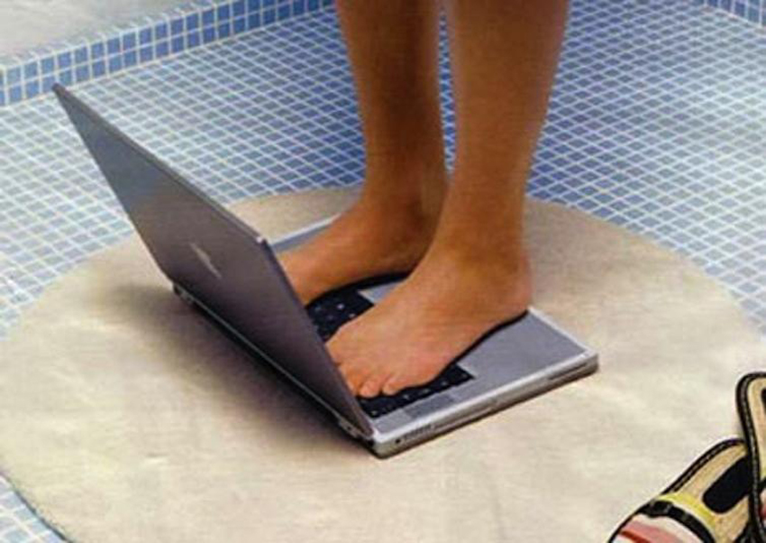laptop-weight-measure